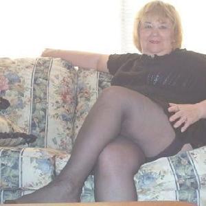 erotikfind.ch | Geile Oma aus Kerns will Sexkontakte kn�pfen