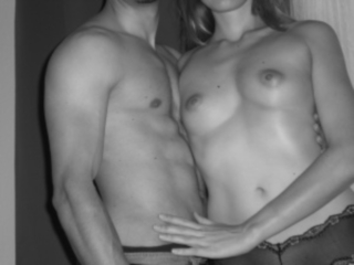Versautes Paar aus Zürich sucht Dreier Sex Treffen