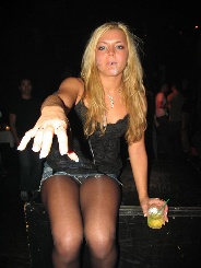 erotikfind.ch | Sexy Blondine sucht Sextreff in Zwingen