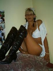 Reife Pam aus Haldenstein (GR) sucht versaute Sextreffs