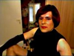 Schweizer Mature Transe zeigt Webcamsex mit Sex Chat