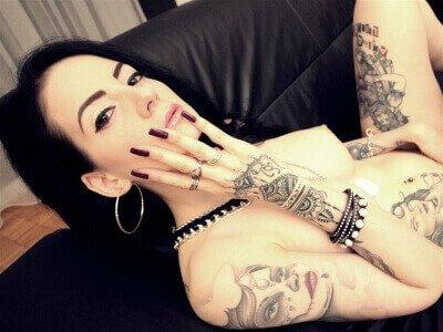 Erotik Live Sex Cam Girl RubyDoll